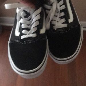Vans Shoes - Size 4 vans brand new never worn before.